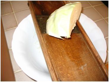 капуста для салата из капусты с анчоусами и каперсами