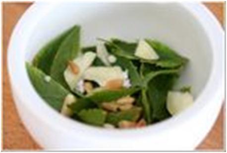 чеснок и петрушка для овощного салата